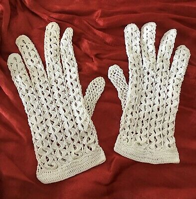 1950s Crochet Gloves Vintage Childs Small Ladies Handmade Bridesmaid Size XXS