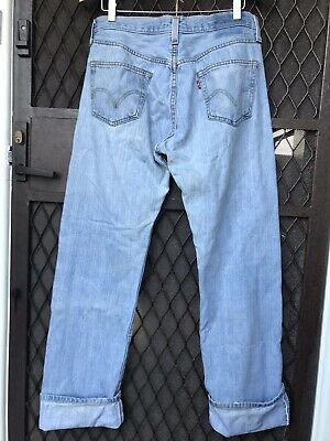 Vintage Unisex Levis 501 Button Fly Jeans Faded Denim Look Great On Bargain Look