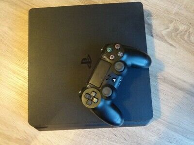 Sony PlayStation 4 500GB Jet Black Console & Uncharted 4 Game (Mint Condition)