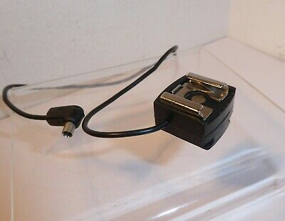 Quality Off Camera Flash Sync Lead Adapter Shoe In Full Working Order