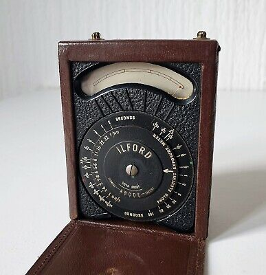 Vintage 1940'S Ilford Light Meter In Leather Case