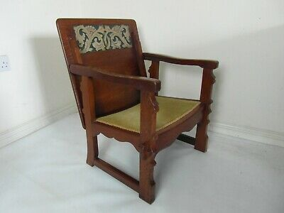Arts and Crafts metamorphic oak chair / Table