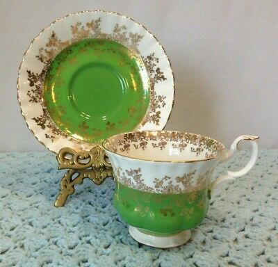 Royal Albert Bone China Tea Cup & Saucer Regal Series Green Gold Lace Trim