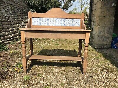 Pretty Antique Victorian Washstand, Side Table, Dressing Table.