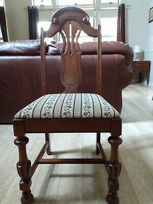 Antique Chairs -set of 6. 5 chairs + 1 arm chair. Excellent condition.
