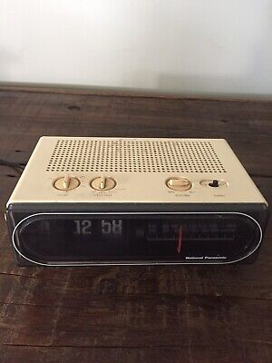 Vintage National Panasonic Flip Clock Radio Model RC-6010BA. Working Condition.