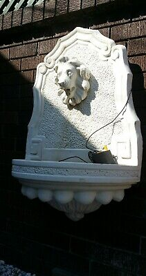 Lion head water fountain wall plaque