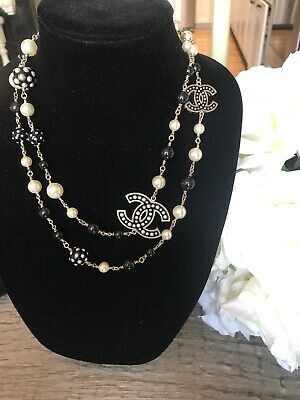 New Chanel CC Pearl Necklace With White And Black Embellished Studded Pearls 45""