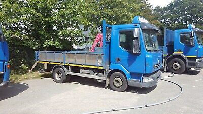 renault 7.5 ton dropside truck 61 plate