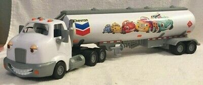 The Chevron Cars Travis The Tanker Toy Truck 2005 - Pre-Owned