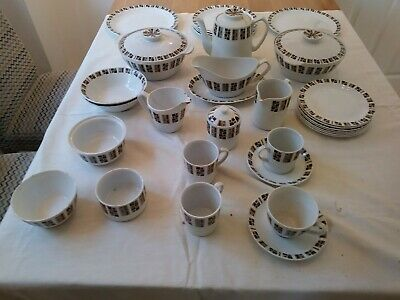 Alfred Meakin Random Glo White Ironstone Retro pottery as detailed below