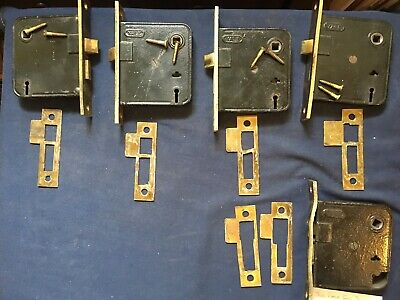 Vtg/Antique Lot~4 Yale Mortise Locks~Plus 1 Xtra for Parts & 6 Brass Strikes