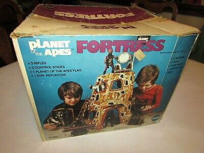 1975 Mego Planet of the Apes Fortress NM Complete in Box
