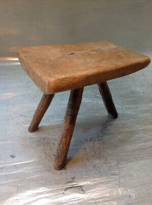 Antique Milking Stool - Small 3 Leg Rustic Cottage Stool - Lovely Old Stool
