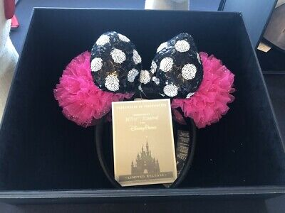 Disney Betsey Johnson Designer Collection Minnie Mouse Ear Headband In Hand