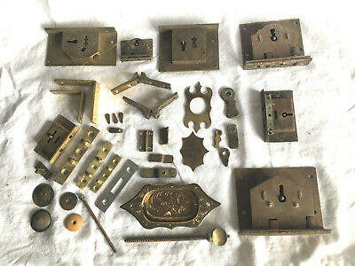 Georgian Brass Handle & 7 Claw/Bolt Locks + other fittings for furniture (B&M1)