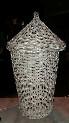 Vintage Mid Century Modern White Wicker Rattan Basket Hamper Point Cover Lid