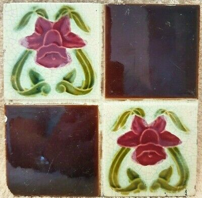 ANTIQUE ART NOUVEAU GLAZED WALL TILE - QUARTERED RED DAFFODILS 6 x 6 inch
