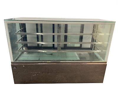 Display Case - Refrigerated Cake Showcase - 4 layer (2nd hand)