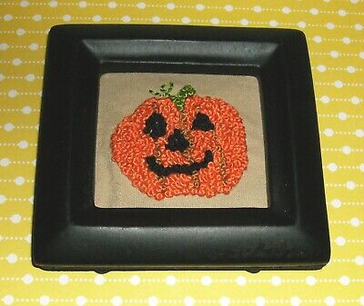 Primitive Halloween small stitchery-Jack 'O Lantern-JOL-framed-no glass-3-1/4""