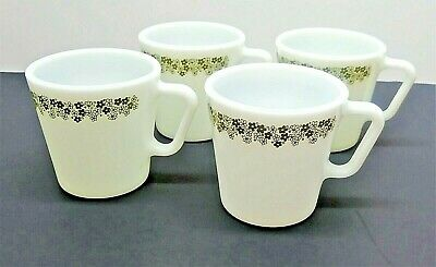 VTG Pyrex Green Crazy Daisy/Spring Blossom Coffee/Tea Cups/Mugs Lot of 4 Corelle
