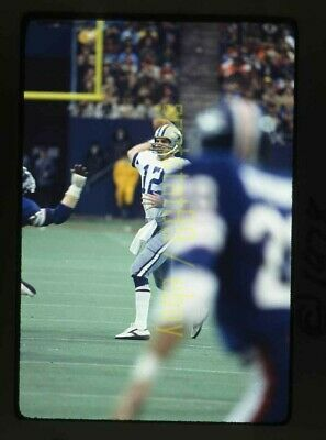 1977 Roger Staubach QB Dallas Cowboys - Vintage 35mm NFL Football Slide