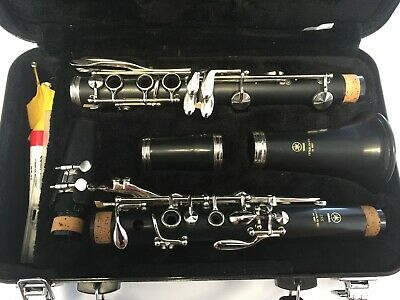 Yamaha YCL-255 Student Clarinet, Excellent Condition! With Hard Case!
