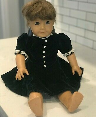 American Girl Doll Molly, Good Condition, Retired Doll, Comes With Dress