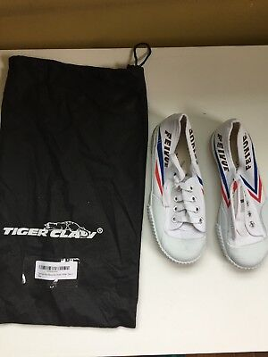 NEW TIGER CLAW Feiyue White Martial Arts Shoes Youth 32