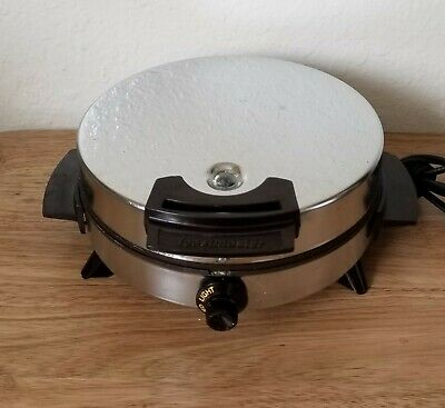 Vintage Toastmaster Waffle Iron Maker Model W252C Chrome Round Nonstick Works