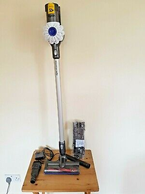 Dyson V6 Cord-Free Cordless Vacuum Cleaner