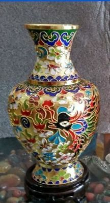 Collecting Chinese cloisonne Handwork carved dragons and phoenixes vase