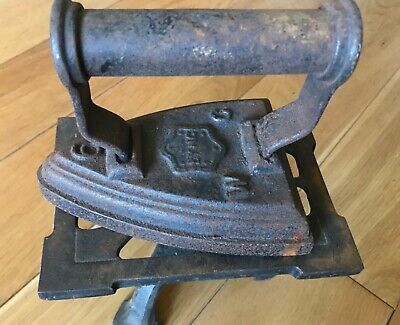 Antique Flat Iron With Stand