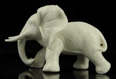 Old Chinese hand-carved white glaze porcelain  Elephant statue b01