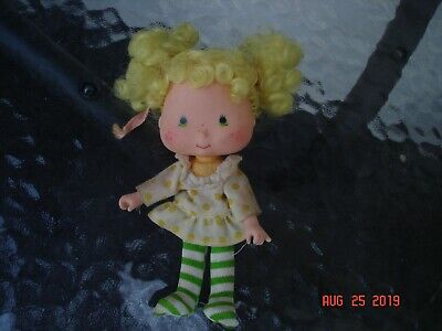 vintage rare strawberry shortcake doll collectable blonde hair striped stockings