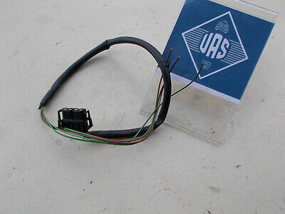 3RD THIRD BRAKE LIGHT LAMP STOP WIRE PLUG CONNECTOR PIGTAIL HATCH DOOR SCION XB