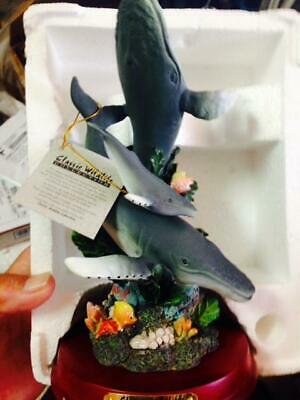 Classic Wildlife Collection of 3 Whales 29015