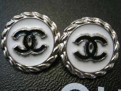 Chanel 2 cc buttons WHITE BLACK silver  18mm lot of 2 good condition