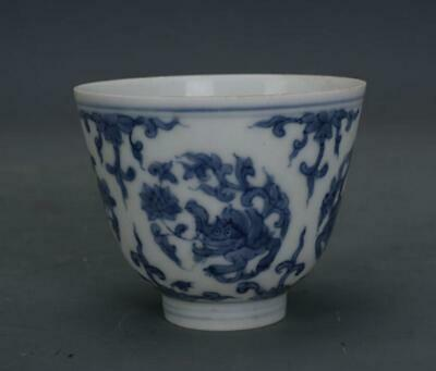 chinese old Blue and white porcelain hand-painted dragon grain cup 061015