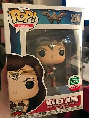 Funko Pop Wonder Woman (Gauntlets) 226 Limited Edition