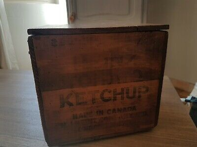 Attractive Antique  Canadian Wooden Pine Heinz Ketchup Lidded Box lovely Patina