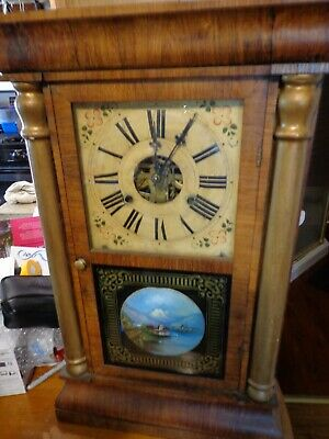 Antique Clock New Haven, runs and keeps time great