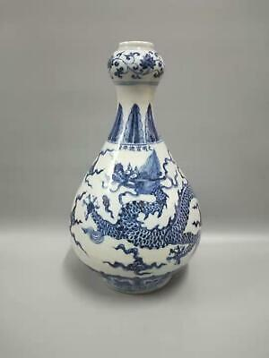 Chinese Antiques Blue And White Porcelain Dragons Vases Fine-Carved Marks XuanDe