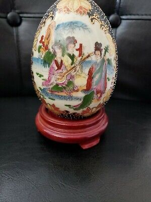 """Hand Painted Porcelain Egg - Chinese / Japanese Geisha girls + Wooden Stand 4.5"""""""