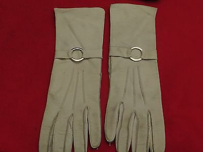 Superb Pair Of Ladies Vintage Long White Leather Gloves - Size 6 1/2