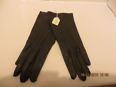 Lovely Pair Of Unlined Ladies Long Brown Gloves - Size M