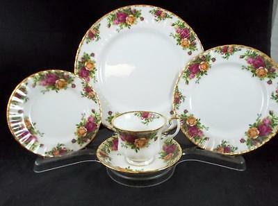 Royal Albert OLD COUNTRY ROSES Five-Piece Place Setting Bone China A+ CONDITION