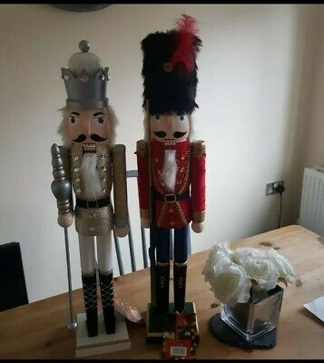 LARGE Traditional Wooden CHRISTMAS NUTCRACKER SOLDIER KING Decoration 62cm gold