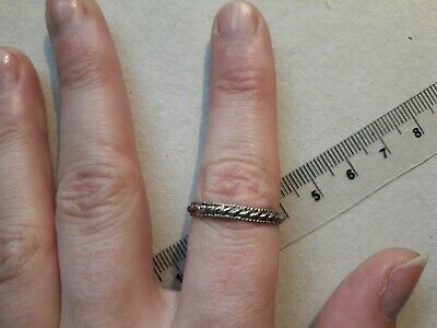 VINTAGE / antique silver ring - braided finely detailed band - UNISEX - VGC