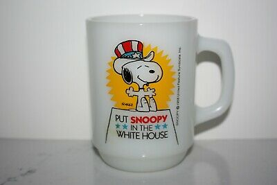 Vintage 1980 Anchor Hocking Peanuts Put Snoopy in the White House Coffee Mug Cup